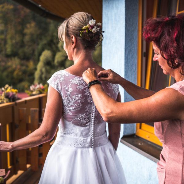 Svatební přípravy - fotograf